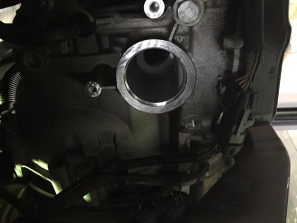 ポルシェ ボクスター 986デフからのオイル漏れ