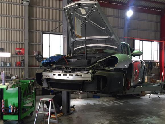ポルシェ 996ターボ 996T 911Tエアコンガス漏れ修理