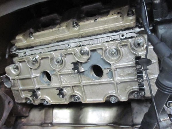 ポルシェ 911 カレラ 993型 エンジンオイル漏れ